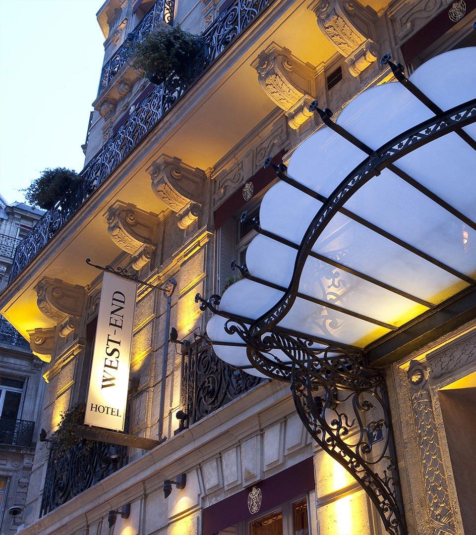 Hotel west end luxury hotel champs elys es 4 star for Best design boutique hotels paris